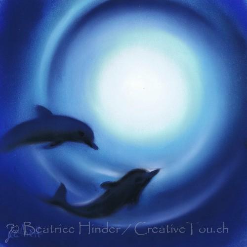 2 Delfine im Kreis, blau-weiss
